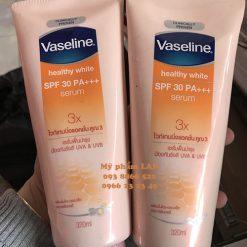 VASELINE-serum-duong-the-trang-da-chong-nang-320ml