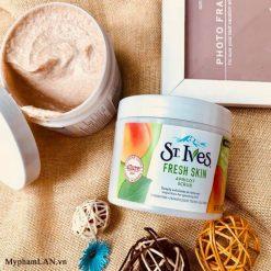ST.IVES-Fresh-Skin Apricot-Scrub-tay-te-bao-chet